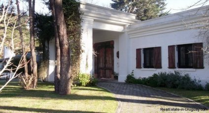5223-Ideal-Permanent-Home-in-Barrio-Lugano-Area-3528