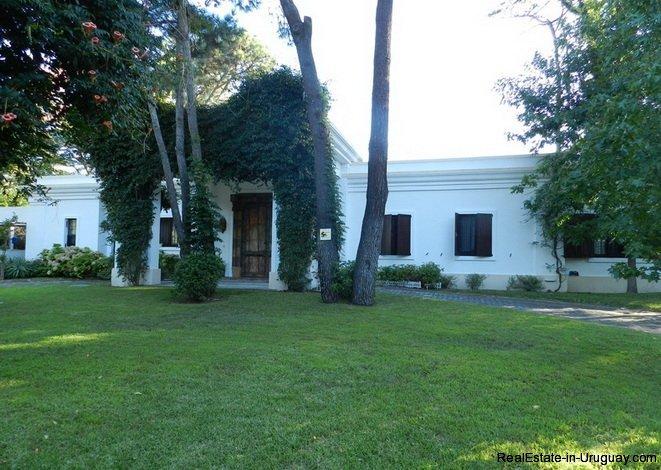 5223-Ideal-Permanent-Home-in-Barrio-Lugano-Area-3531