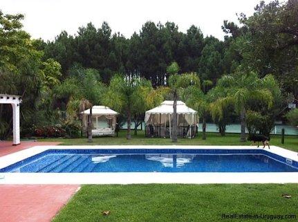 0002TA-Great-Family-Property-in-Punta-Ballena-3991