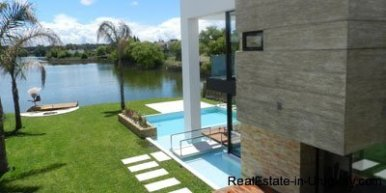 1108-Great-Designer-House-with-Panoramic-Views-3972