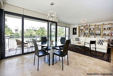 1137-Elegance-Design-and-Comfort-in-Carrasco-3914