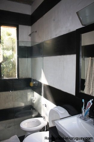 5242-Spectacular-Designer-Home-3752