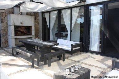 5242-Spectacular-Designer-Home-3754
