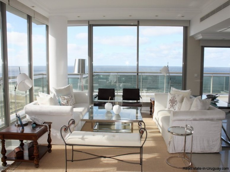5300-Modern-Penthouse-with-Spectacular-Panoramic-Sea-Views-in-Punta-Del-Este-4020