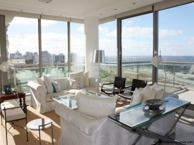 5300-Modern-Penthouse-with-Spectacular-Panoramic-Sea-Views-in-Punta-Del-Este-4022