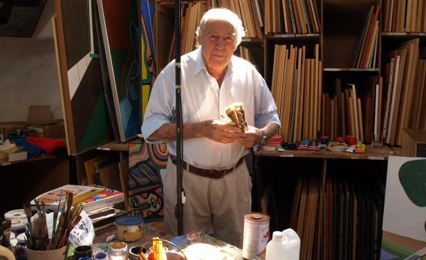 Carlos Paez Vilaro in his Casapueblo studio in Punta Ballena, Uruguay