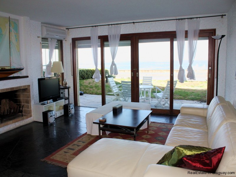 5349-Seafront-Apartment-in-Punta-Del-Este-4188