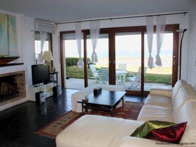 5349-Seafront-Apartment-in-Punta-Del-Este-4188