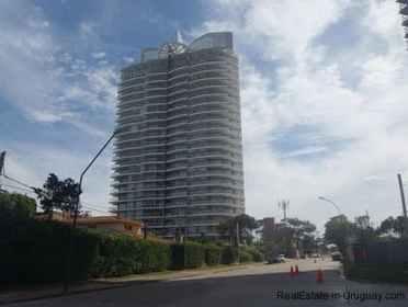 5107-Sunrise-Tower-by-Carlos-Ott-Playa-Mansa-4279