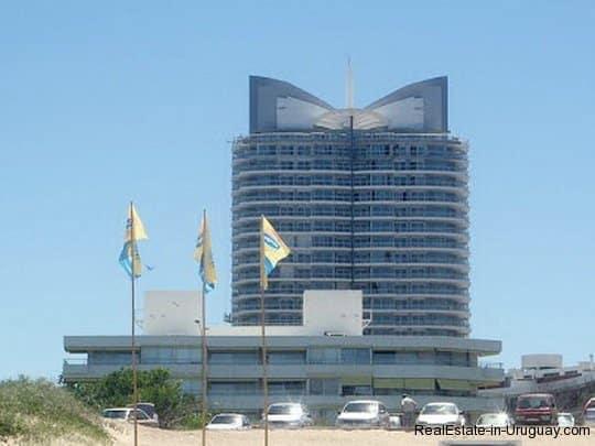 5107-Sunrise-Tower-by-Carlos-Ott-Playa-Mansa-4280
