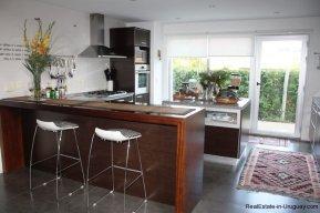 5275-Modern-House-by-Mansa-Beach-Punta-Del-Este-4336