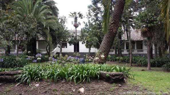 BackYard San Isidro, Valle de los Chillos, Ecuador