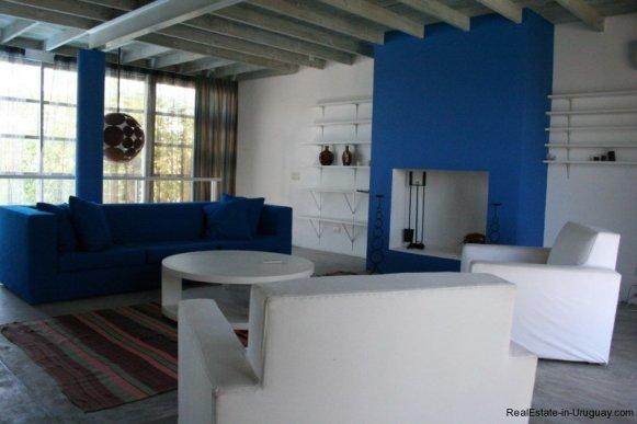 5601-Sitting-of-Remodeled-Beach-House-La-Barra
