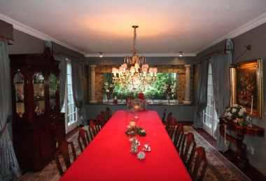 Diningroom-of-Traditional-Villa-Carrasco-Montevideo