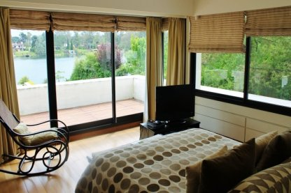 1001-Bedroom-of-Lake-House-in-Buceo-Area-Montevideo