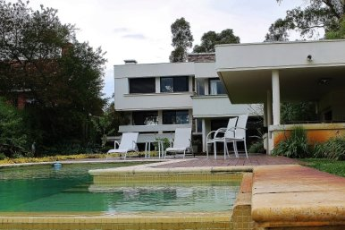 1001-Lake-House-in-Buceo-Area-Montevideo