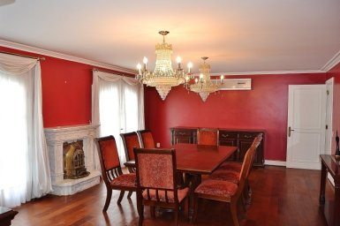 Dining-Room-of-Large-Home-in-Buceo-Area-Montevideo