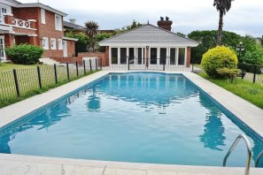 Pool-of-Large-Home-in-Buceo-Area-Montevideo