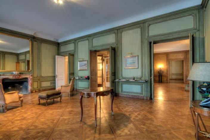 1055-Stylish-Apartment-in-Center-of-Montevideo