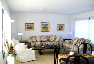1277-Living-of-Modern-Cubic-Home-Carrasco-Montevideo