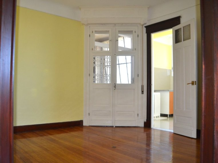 1534-Entrance-of-Apartment-in-Palacio-Piria-Montevideo