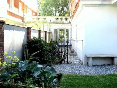 1557-Back-of-Park-Apartment-in-Montevideo-