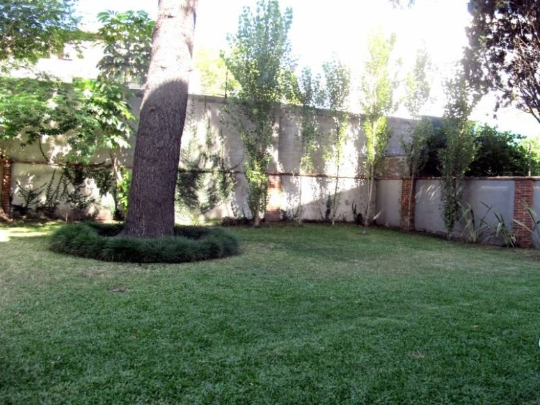 1557-Backyard-of-Park-Apartment-in-Montevideo-