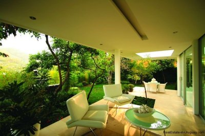 20005-View-from-Modern-Villa-in-Tumbaco