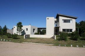 5596-Vacation-Home-in-Pinar-del-Faro-Jose-Ignacio