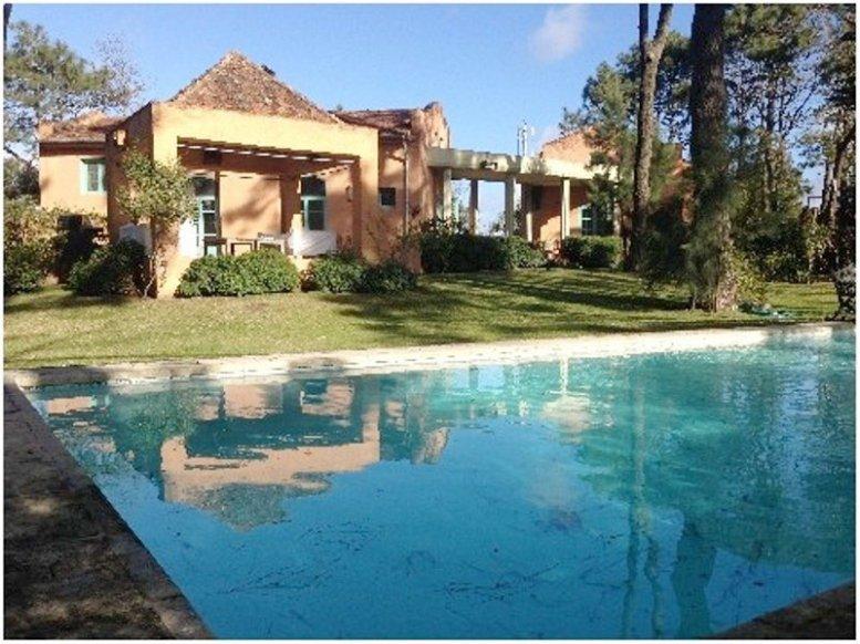 5634-Amazing-Villa-in-La-Barra