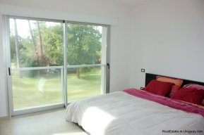 5641-Guestroom-of-Large-Cubic-Home-in-Punta-del-Este