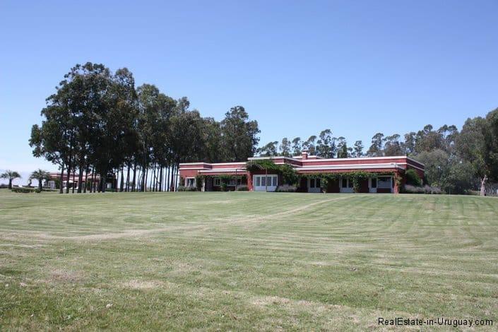4693-Chacra-San-Carlos-Area-Front