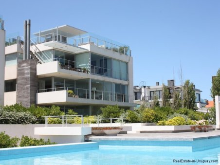 Penthouse with Sea Views in Manantiales