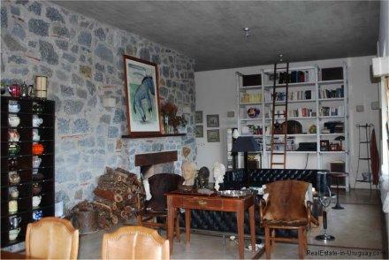 5687-Living-2-Large-Estancia-at-Polo-Medellin