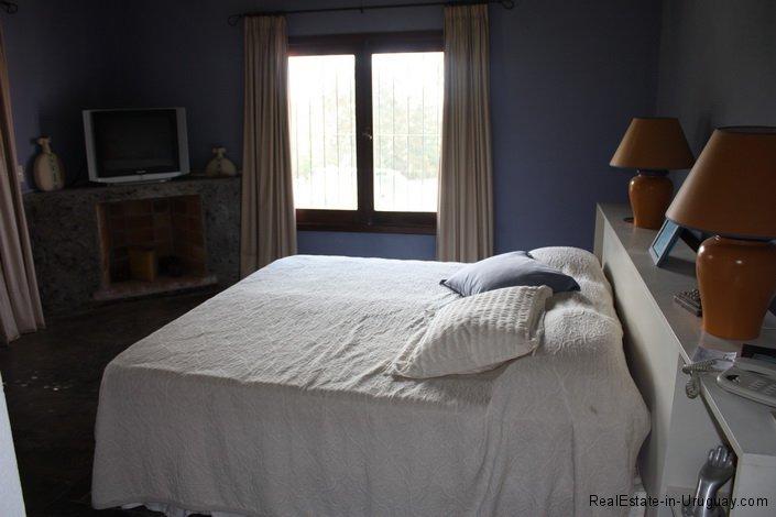 5196-Bedroom-of-Chacra-Punta-Ballena-Area