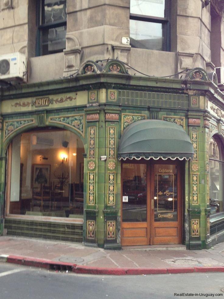 Cafe-in-Montevideo-Uruguay