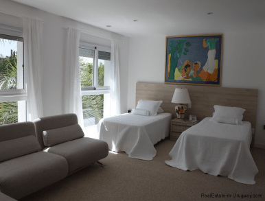 5045-Beach-House-La-Barra-Bedroom2