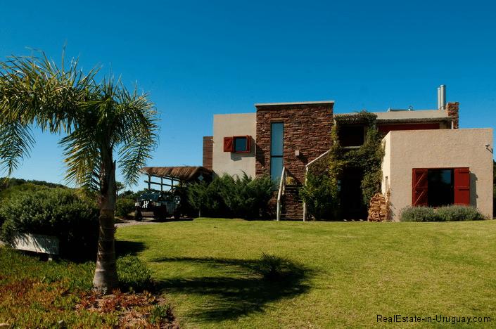 5144-Modern-Pool-House-Jose-Ignacio-Outside-House-2