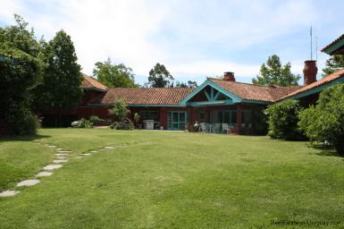 5721-Home-in-Beverly-Hills-Punta-del-Este-Back-Yard