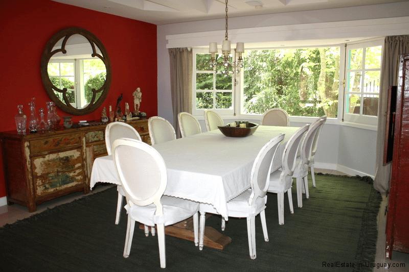 5721-Home-in-Beverly-Hills-Punta-del-Este-Dining-Area