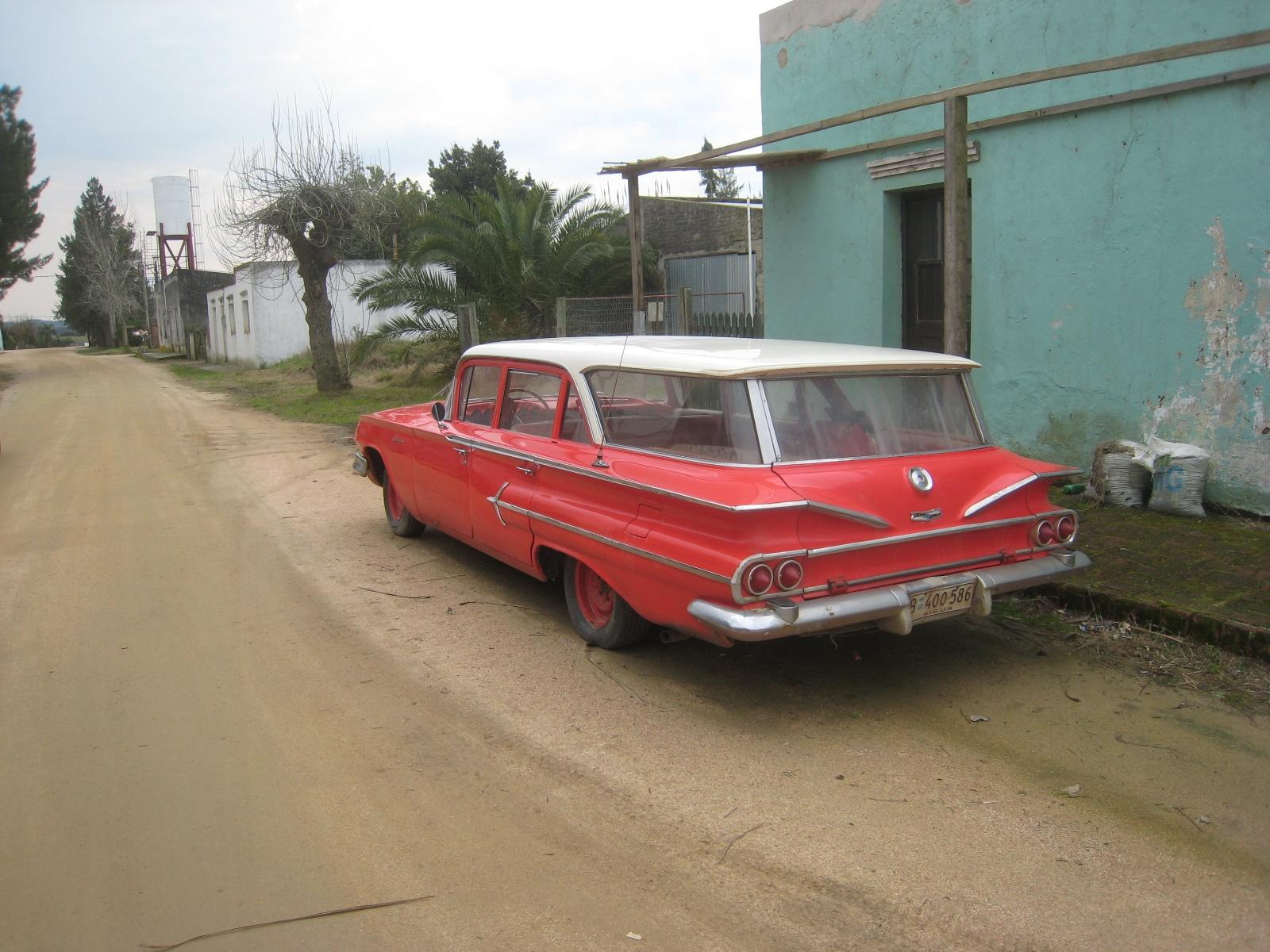 Antique Cars in Pueblo Garzon