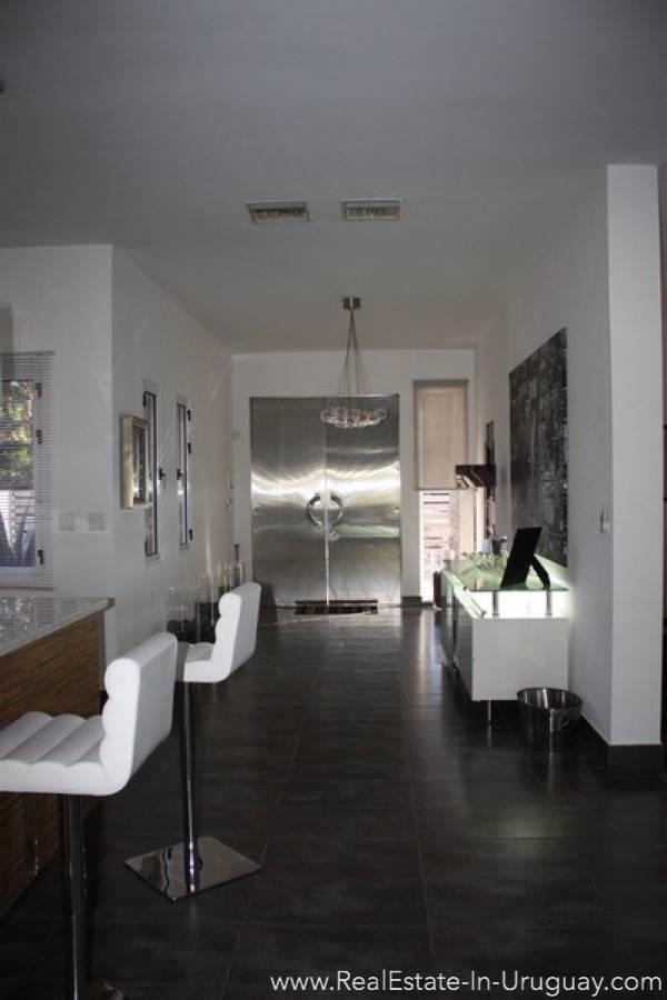 Modern Home in Parque Burnet - Living Room
