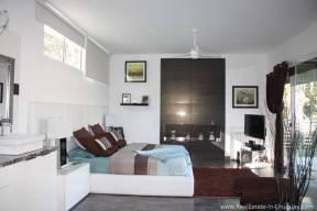 Modern Home in Parque Burnet - Master Bedroom2