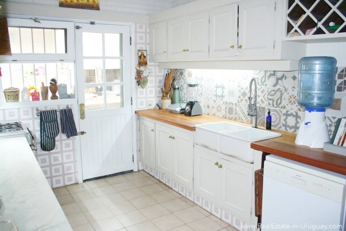 Home in Beverly Hills Area - Kitchen