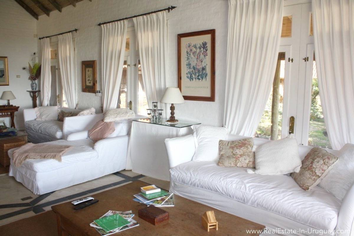 Estancia in Jose Ignacio - Living Room2