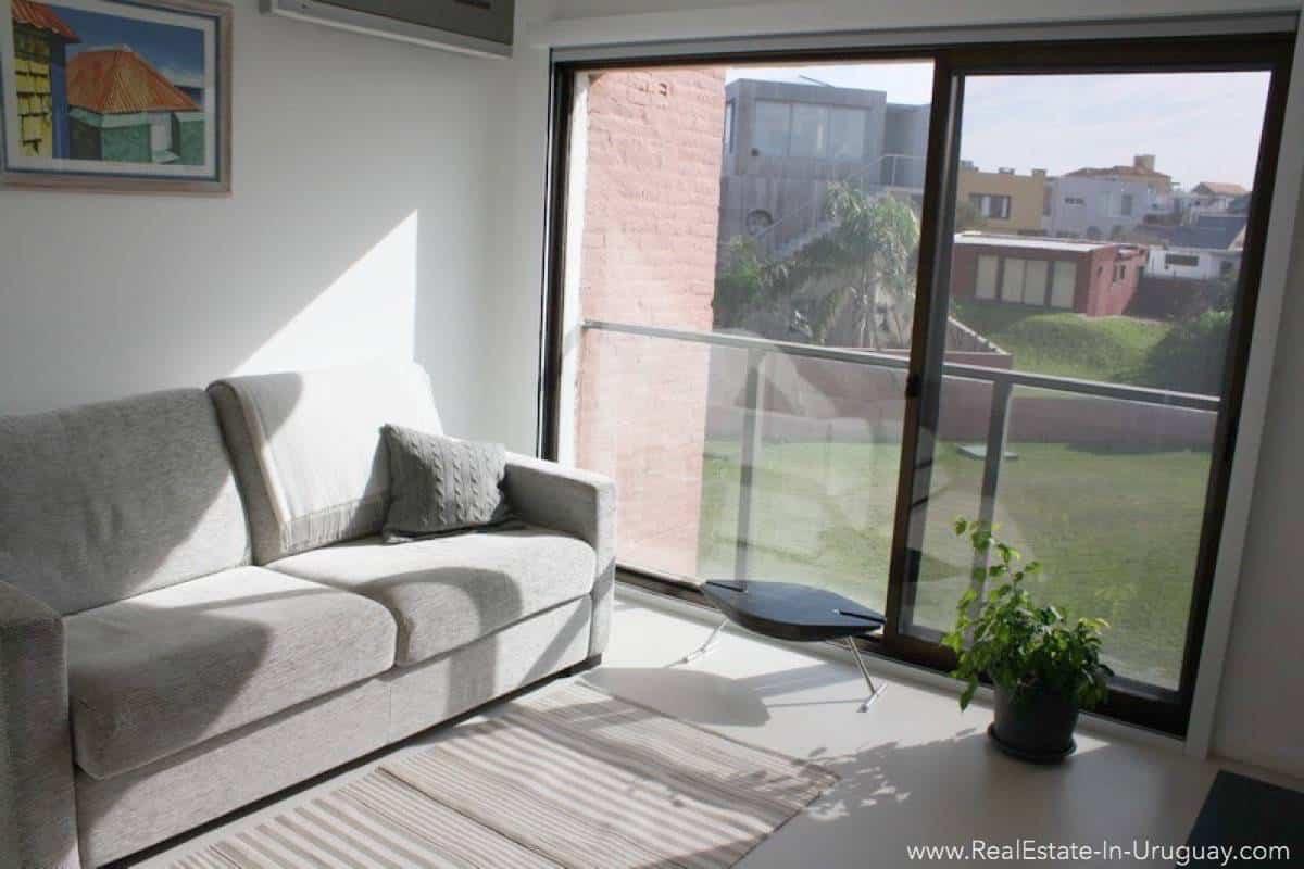 Ocean Front Apartment - Guest Bedroom