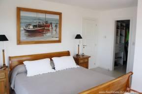 Ocean Front Apartment - Master Bedroom2