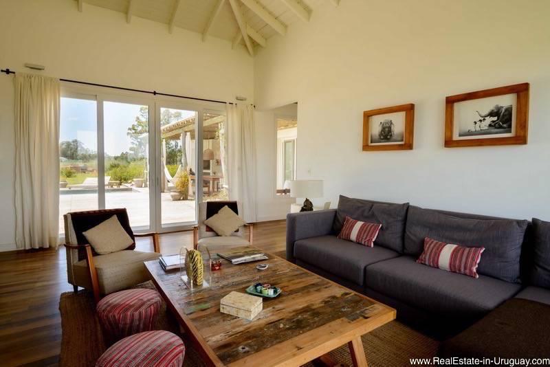 5261 Country Home near La Barra - Living Room 2
