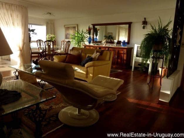 Nice Apartment with Hardwood Floors on Brava