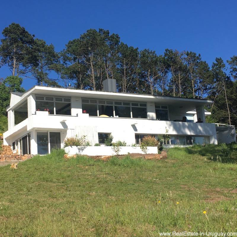 Renovated Home with Horse Stables and other Buildings in Punta Ballena